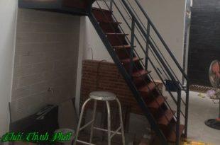 Làm cầu thang sắt tại quận 1